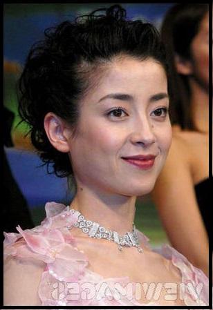 女優の宮沢りえさんがタトゥーをしているって本当?どんなタトゥー?のサムネイル画像