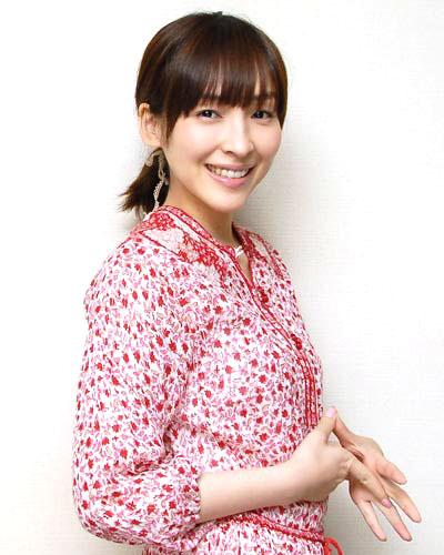 麻生久美子が初出演したドラマとは?初主演はあのドラマだった!のサムネイル画像