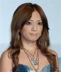 歌手浜崎あゆみのcdを聴いて、音楽の世界に酔いしれよう♪♪のサムネイル画像