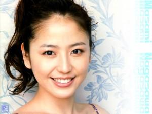 美人女優の長澤まさみさんのお父様は有名人!家系がすごい!のサムネイル画像