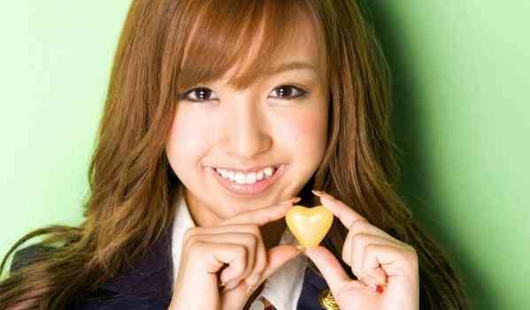 【昔の板野友美さん】元AKB48メンバー板野友美さんの昔の動画などのサムネイル画像