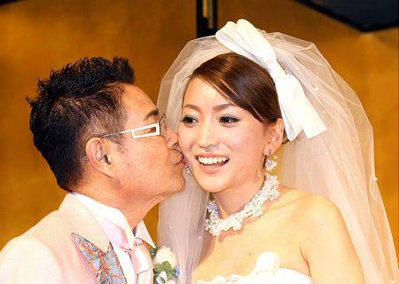 【加藤茶】前妻との子供とは絶縁状態の噂・・・嫁の綾菜の本性は?のサムネイル画像