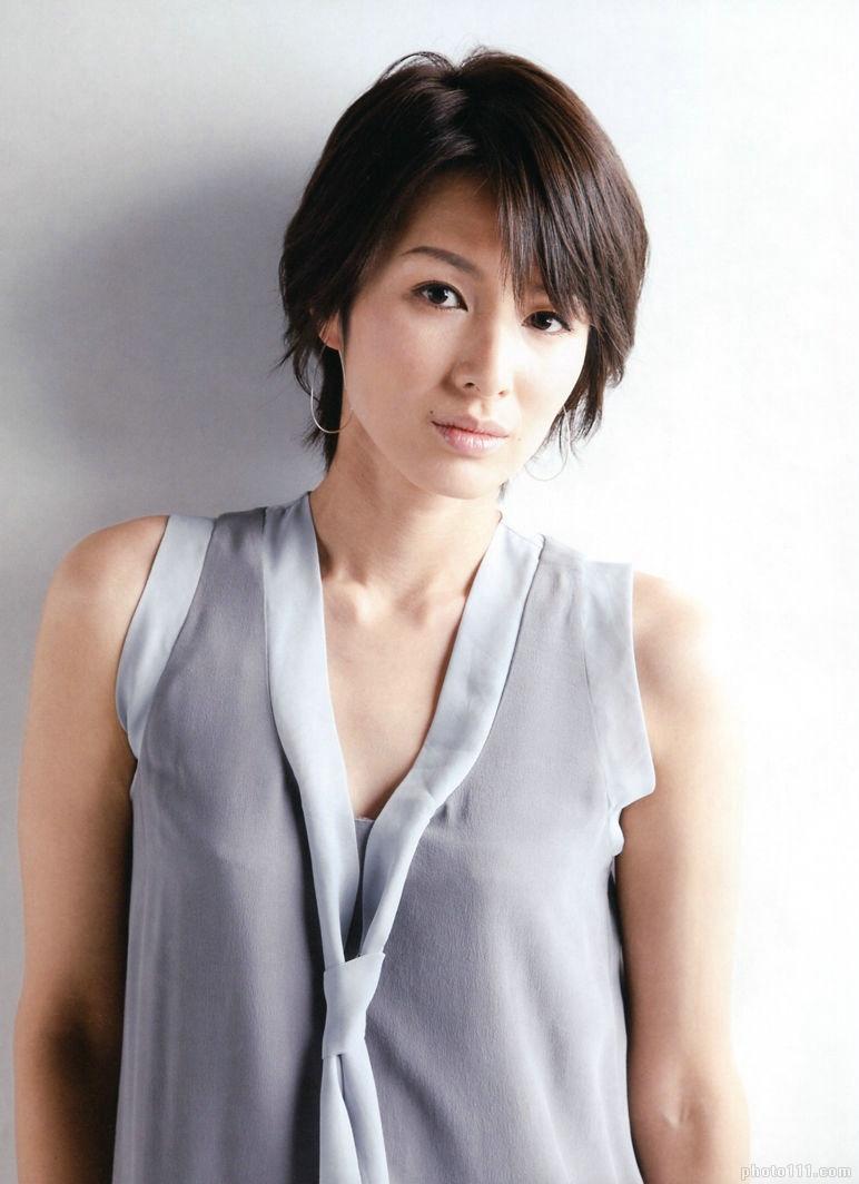 透明感のある女優・吉瀬美智子の出演ドラマベスト5のサムネイル画像