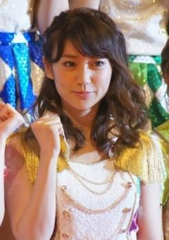 大島優子が、こじはるとチークダンス!?ロビン・シックのPVにも出演のサムネイル画像