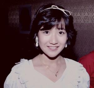岡田有希子・松田聖子も!?ネットで噂の「サンミュージックの呪い」のサムネイル画像