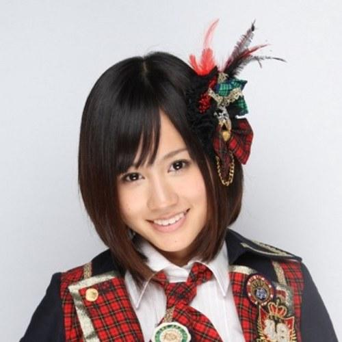 AKB48でセンターを飾っていた前田敦子さんの水着画像を集めてみました!のサムネイル画像