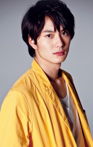 人気俳優・岡田将生の熱愛彼女とは?熱愛遍歴をまとめてみましたのサムネイル画像