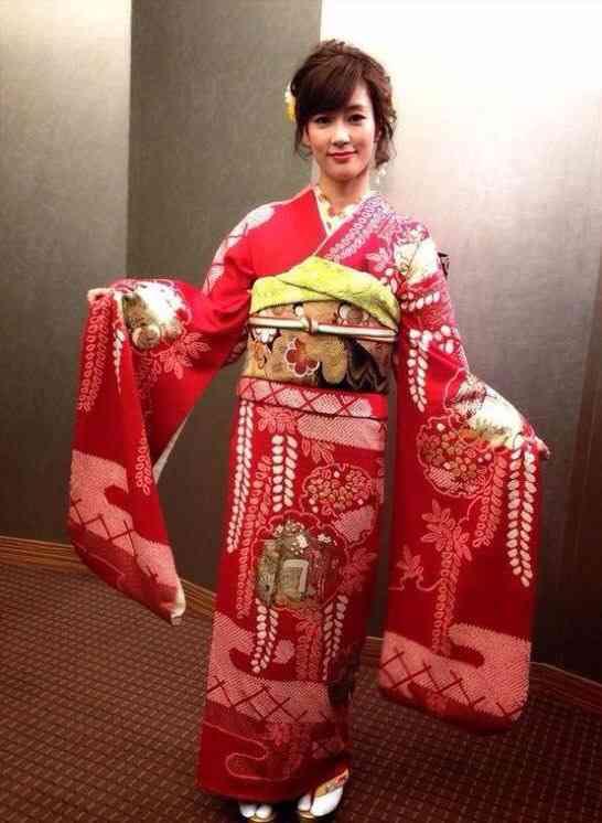 姉御肌でさっぱりしてそうな性格の水川あさみさん、本当は?のサムネイル画像
