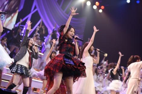 【ファン必見】AKB48の大人気アルバムをランキング形式でご紹介!のサムネイル画像
