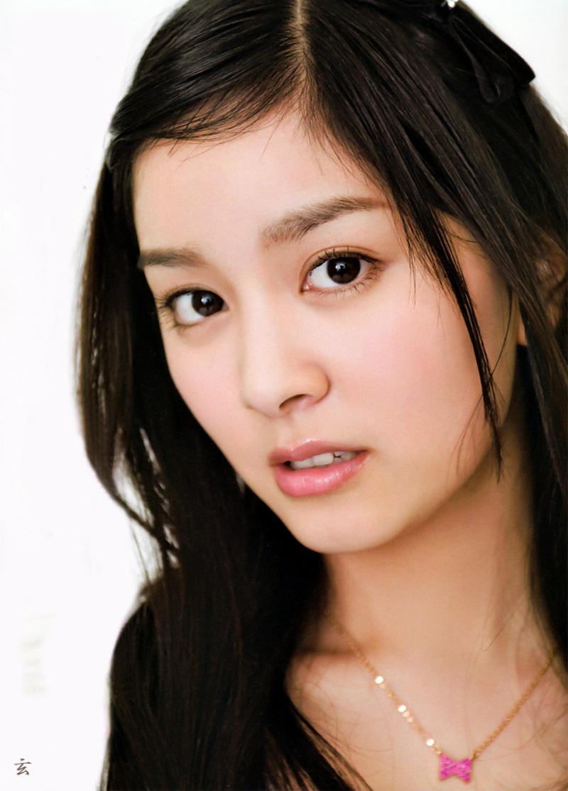 タレントとして活躍している石橋杏奈の水着画像を集めてみました!のサムネイル画像