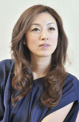 魔性の女!大人の色香漂う女優・高岡早紀の髪型を真似したい…の画像