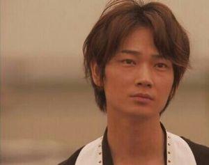 色気たっぷり!綾野剛さんの出演しているアーカーのCMが気になる!の画像