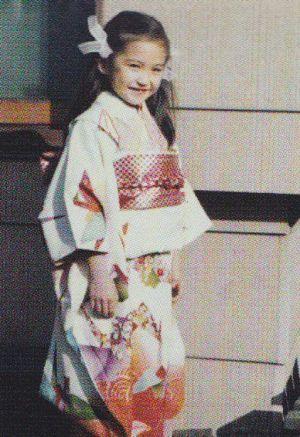 幼い頃の賀来千賀子