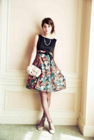 【春~夏】女性のドレスコード「カジュアル」のコーデ