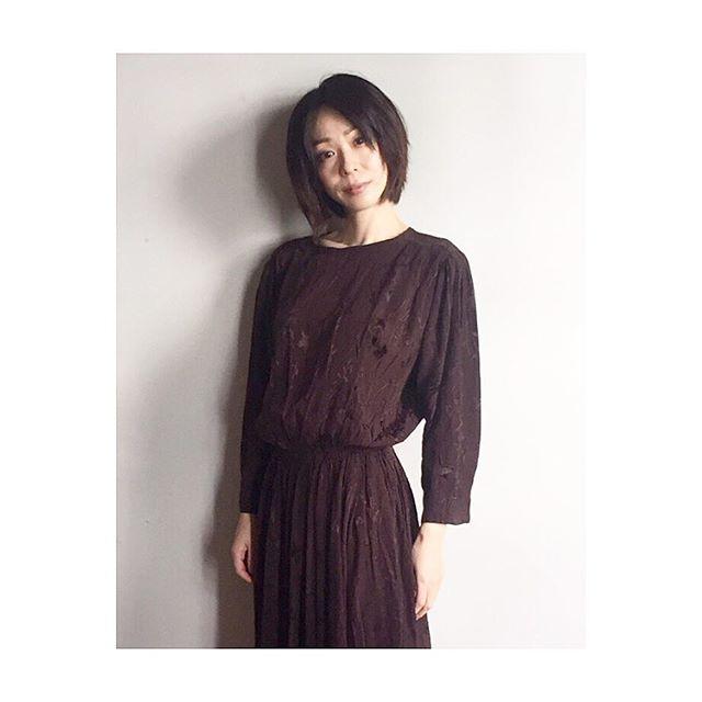 洋服が素敵な遊井亮子さん