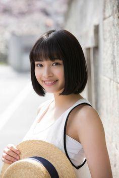 知ってる?今もっとも旬な若手女優・広瀬すずさんの姉は美人女優のサムネイル画像
