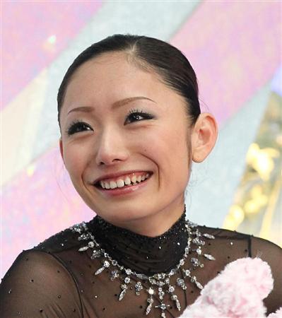 安藤美姫も最初は英語が苦手だった!流暢になるまでの過程と秘訣は?のサムネイル画像