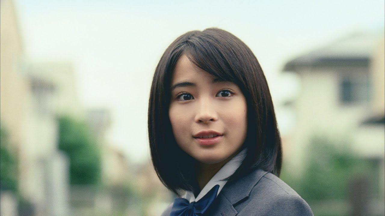 今をときめく人気若手女優・広瀬すずさん。その体重はどれくらい?のサムネイル画像