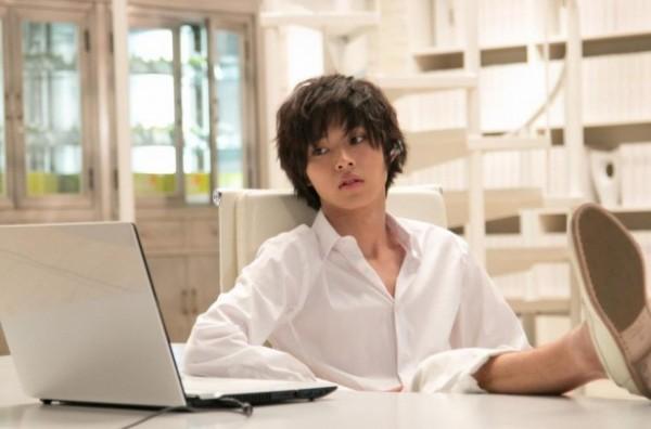 ドラマ「デスノート」で山崎賢人さんが演じていたのはどんな役?のサムネイル画像