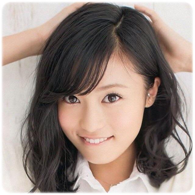 小島瑠璃子のピアスが可愛すぎると話題!「トラガスピアス」に注目☆のサムネイル画像