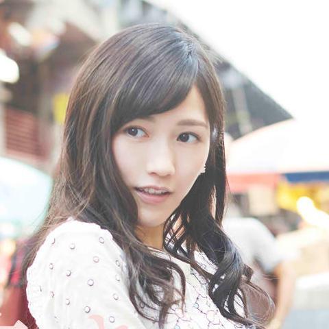 かわいい渡辺麻友(まゆゆ)のすっぴんを覗いてみたい!のサムネイル画像