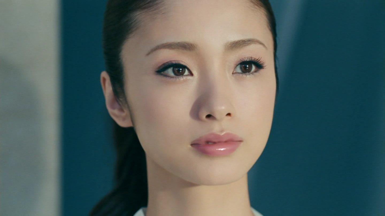 結婚しても母親になって可愛い!上戸彩さんの可愛いの秘密は?のサムネイル画像
