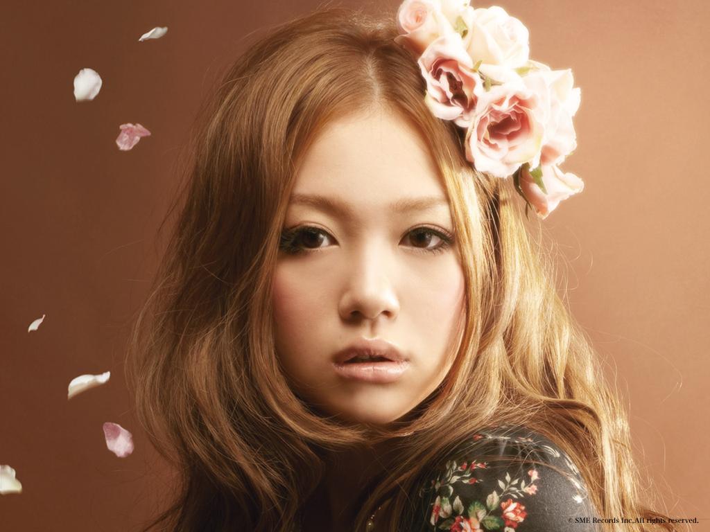 歌手、西野カナの可愛いすぎる、すっぴん画像を公開しちゃいます。のサムネイル画像