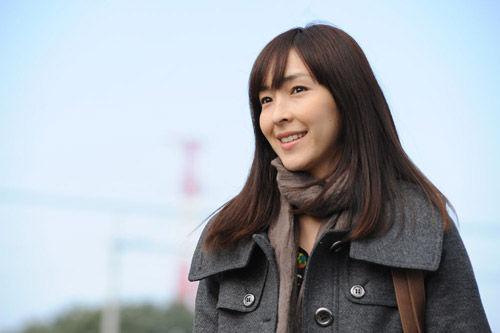 女優麻生久美子さんの旦那さんはどんな人なのか調べてみましたのサムネイル画像
