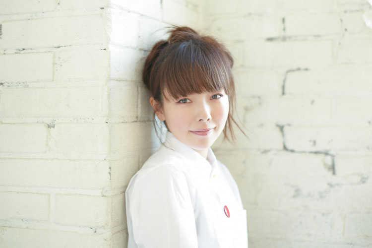 《歌・ファッション》女性が憧れるaikoの可愛い部分を徹底検証のサムネイル画像