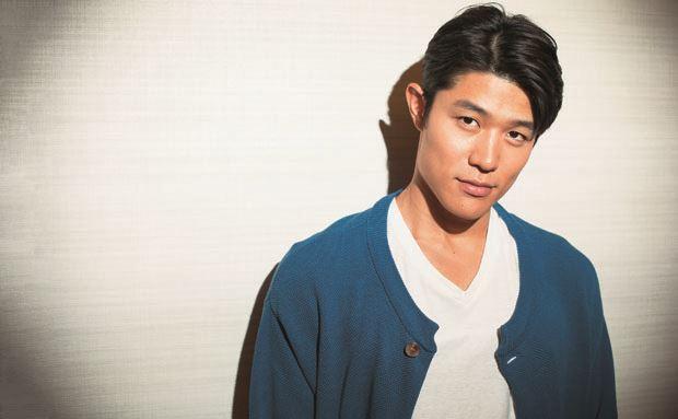 実は結婚していた!俳優鈴木亮平さんが結婚した妻ってどんな人?のサムネイル画像