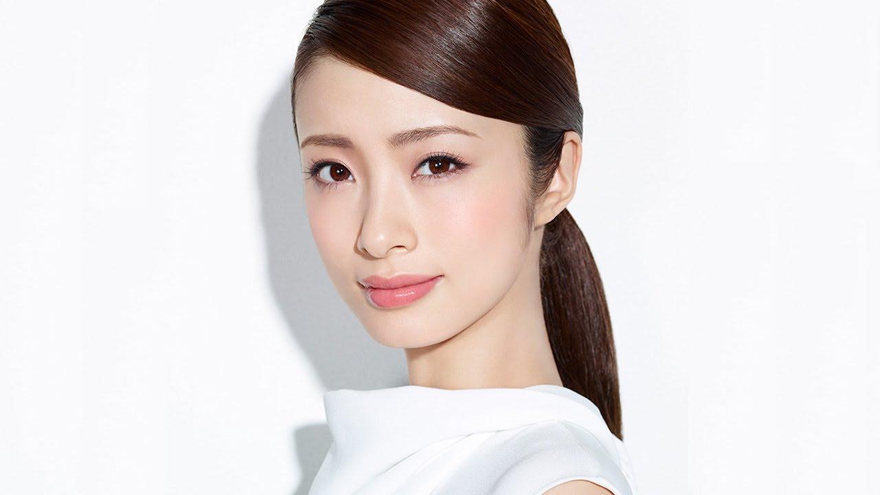 「30歳までにママになりたい」と公言していた上戸彩さんが妊娠した!のサムネイル画像