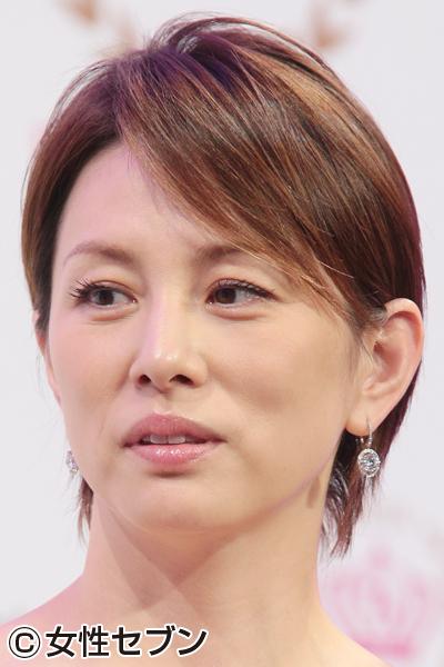 女優・米倉涼子の意外な実年齢と同じ年齢の芸能人を紹介しますのサムネイル画像