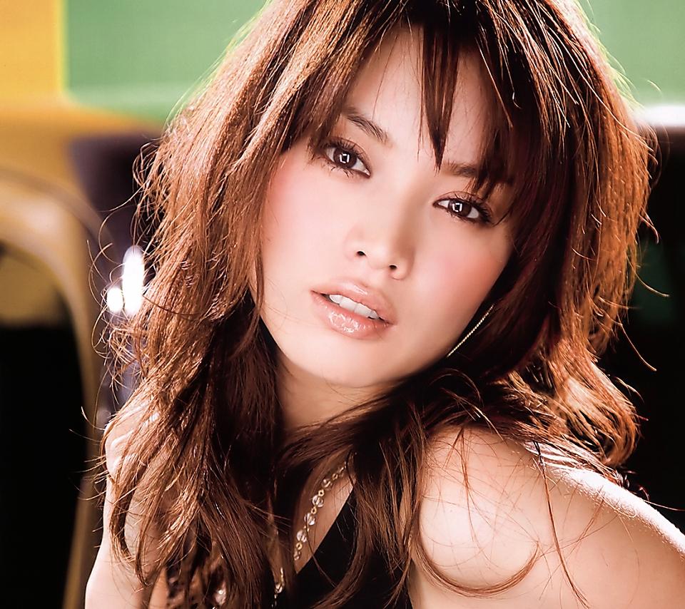 スーパーモデル蛯原友里の女性が憧れた可愛すぎる髪型(画像まとめ)のサムネイル画像