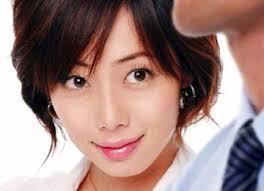 井上和香の結婚相手の飯塚健監督とは?なれそめと妊娠・出産した?のサムネイル画像