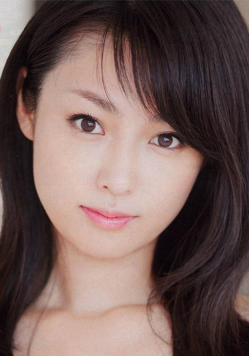 深田恭子さんの、魅力を引き出したいメイク方法、教えます!!のサムネイル画像