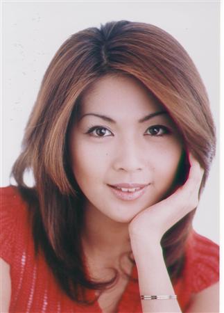 癒し系女優と言われた飯島直子さんの髪型を振り返ってみよう☆のサムネイル画像