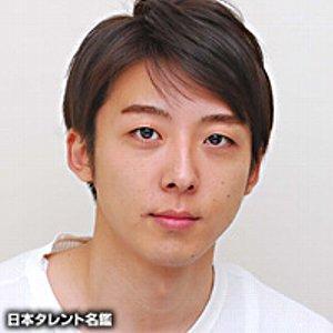 【画像あり!】演技派俳優・高橋一生さんの鼻に傷が!まさか整形!?のサムネイル画像