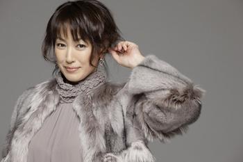 華やか大人スタイル☆高島礼子さんの髪型をまとめてみました!のサムネイル画像