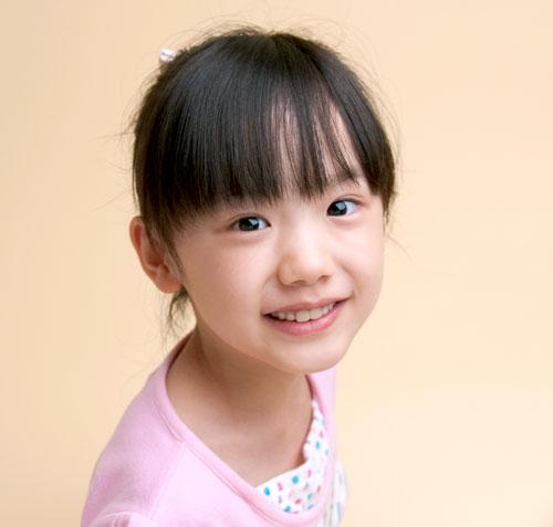 芦田愛菜ちゃんの胸が成長してる?かわいい画像集めてみました!のサムネイル画像