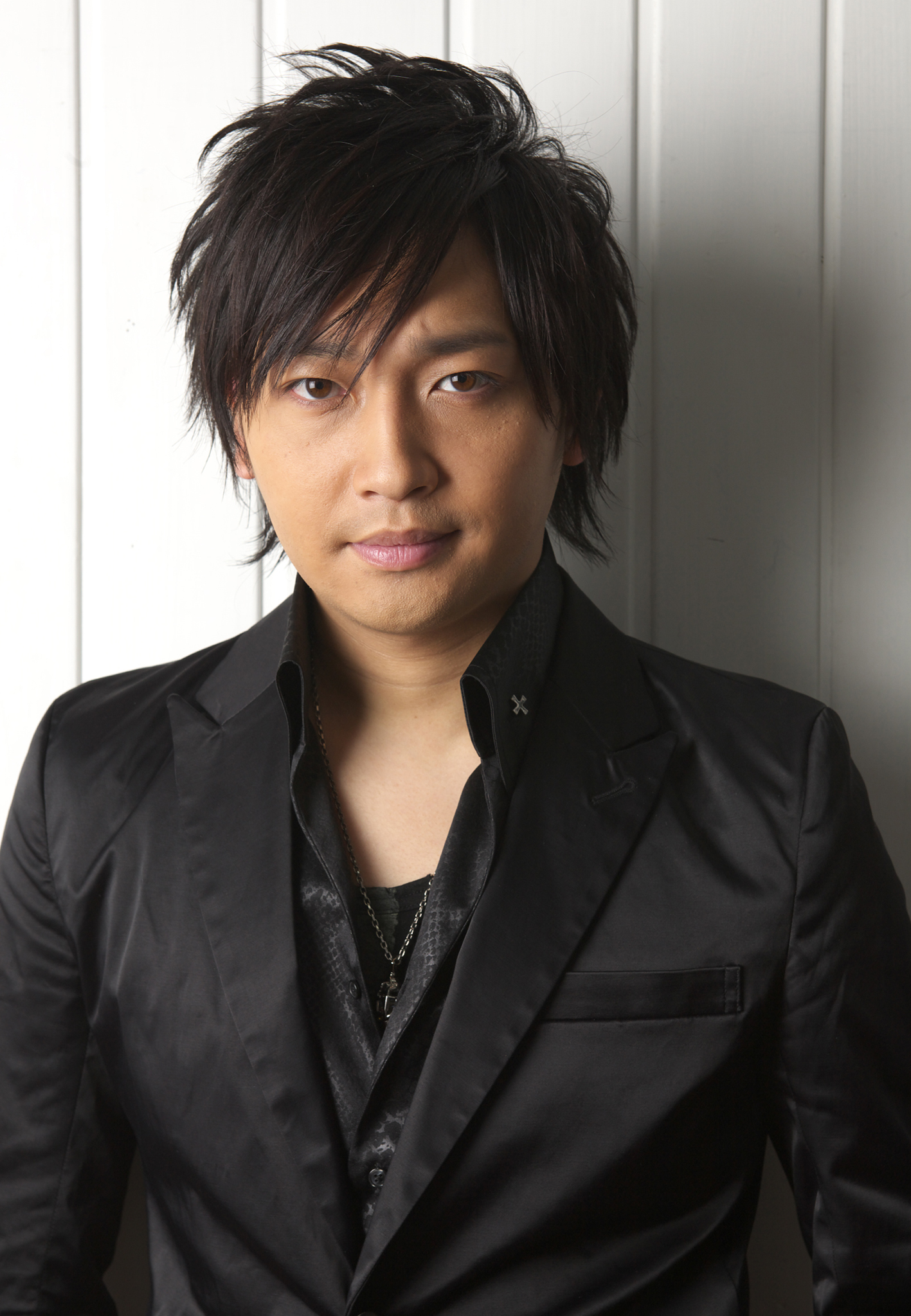 声優・中村悠一、テレビアニメで大活躍のセクシーな声に迫る!のサムネイル画像