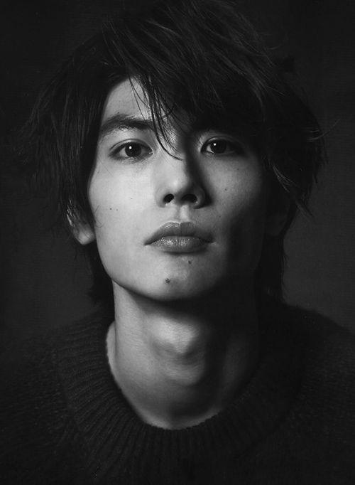 彼氏にしてもらいたい!今が旬の実力派イケメン俳優三浦春馬の髪型術のサムネイル画像