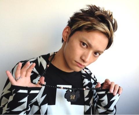 AAAの日高光啓さんのメッシュでカッコイイ髪型を集めました☆のサムネイル画像