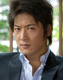 大人の男性の魅力満載☆細川茂樹さんの髪型に憧れる男性のための画像集のサムネイル画像