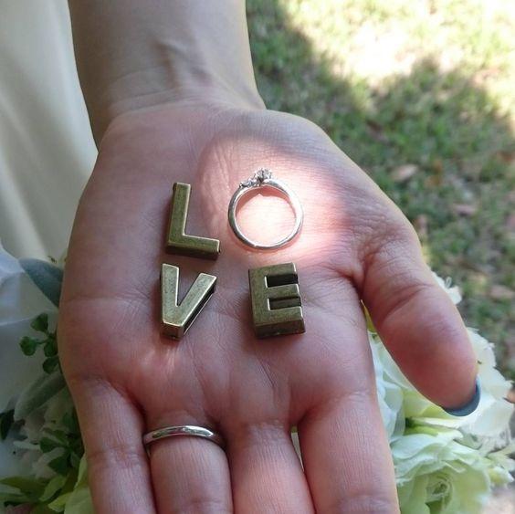 恋愛ソングが聴きたい日にピッタリ!竹内まりやの心に染みる名曲のサムネイル画像