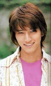優しい笑顔が素敵なKAT-TUN田口淳之介さんの髪型をご紹介します!のサムネイル画像