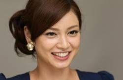 沖縄県出身じゃなかった!平愛梨さん人気の理由を調べました。のサムネイル画像