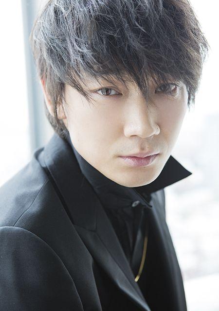 人気俳優、綾野剛さん。結婚はしていない様子。今後予定はあるのか?のサムネイル画像