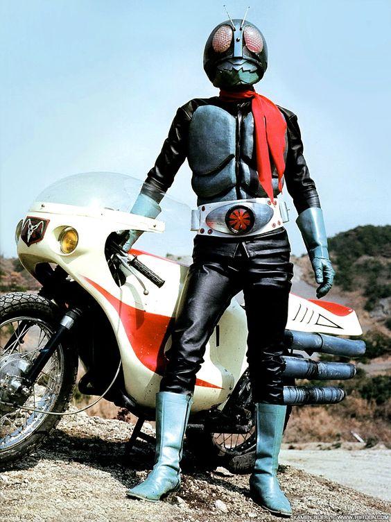 1971年から放送開始した初代仮面ライダーを演じていたのは誰?のサムネイル画像