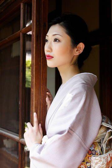 色気の塊!壇蜜さんが過去に出演したcmについて紹介していきます!のサムネイル画像
