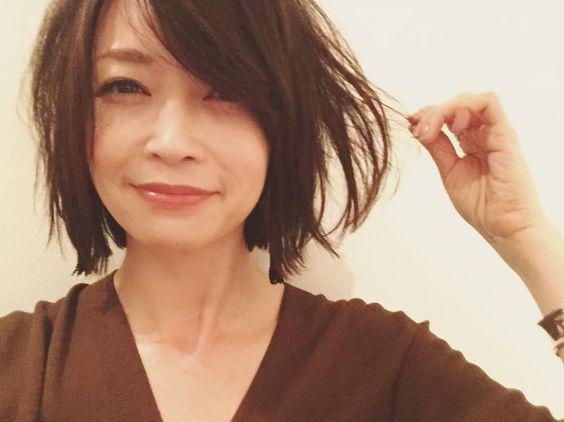 ファッションも髪型も注目!辺見えみりの真似したい髪型特集!のサムネイル画像